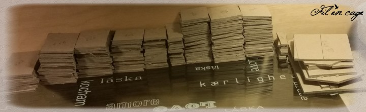 les cartons découpés